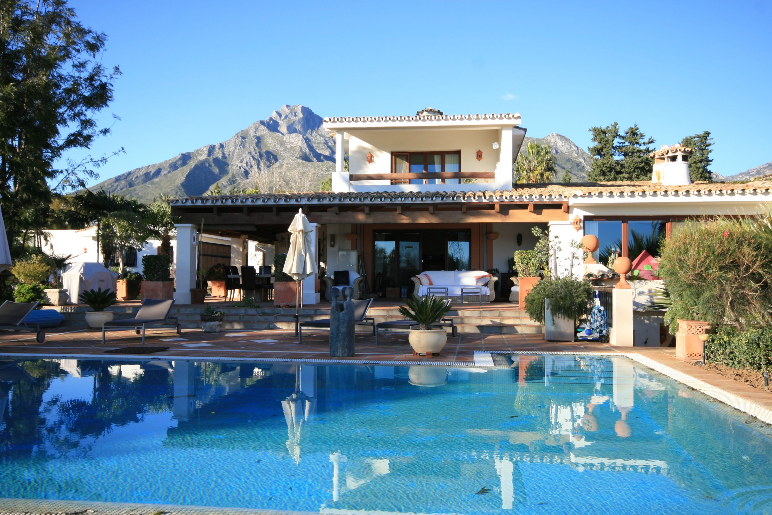 Beautiful 4 bedroom villa for sale in Sierra Blanca